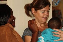 Kilimambogo, Kenia, baby Mary en Ellen