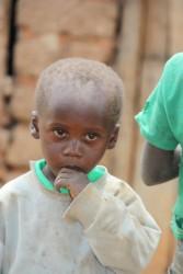 Een van de nieuwe kinderen uit Park Village