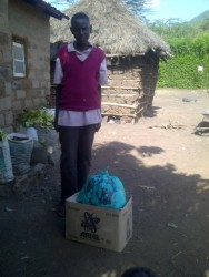 food supply Circle4life, kansarme gezinnen, medische zorg, Nzambani, Kenia