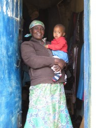 De oppas en kleine Ellen, family empowerment, education, Kenya, Ndulya