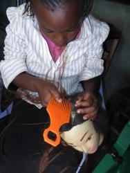 Education, vocational training hairdresser, teenage mom, Circle4life Kenya