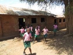 Kitambasya Primary School, Kenya, sponsoring by Het Mozaiek Alphen aan den Rijn, Water Project, 24.000 liter tank
