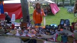 Op Koningsdag is stichting Circle4life weer aanwezig op KunstPark in Park Rijnstroom te Alphen aan den Rijn met een grote kraam vol Afrikaanse kunst, hebbedingetjes, doeken, tassen, slippers, sieraden... kortom meer dan de moeite waard om even langs te komen.
