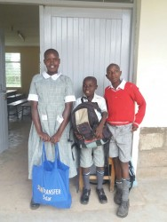 Ze zijn er klaar voor... Susan, Joseph en Stephen voor Machakos School for the Deaf, Circle4life Kenya, special need children