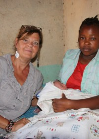 Ndulya, Grace en baby Ellen, zestienjarige tienermoeder