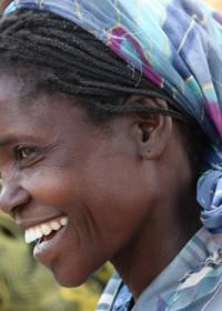 Catherine, Baringo, Vol enthousiasme gaat ze straks haar veld bewerken en gaat mais, bonen, tomaten en sukuma wiki verbouwen.