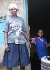Stephen en zijn moeder, Kwetu, koffieplantage, Kenia