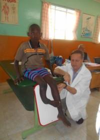 Onderzoek specialisten Ol Kalou, Rehabilitation Clinic, Onesmus Musyoki, Uamani, Kenya