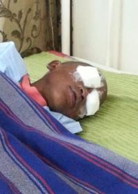 Oogoperatie Eric Mutua, Cataract, Kikuyu Eye Clinic Hospital, medical aid, crisis aid