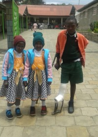 Faith, Mercy, Onesmus, drie kinderen met een handicap, Ol Kalou Rehabilitation Center, Kenia, Circle4life