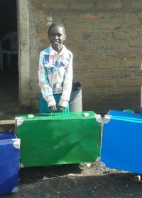 Thomas, Joseph en Julius, drie kanjers uit een van de projecten van Circle4life, Kitambasya, Kenya