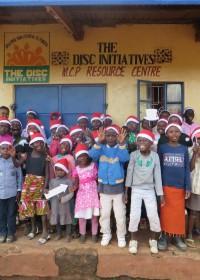 Veertig kinderen uit de projecten van Circle4life waren aanwezig op de Xmas Fun Day!