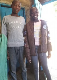 De kleinkinderen van oma Priscilla, sponsorkleding, Circle4life