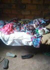 Het bed van Teresia en haar overgrootmoeder, renovatie huis, family empowerment, onderwijs, Circle4life Kenia, sponsordiner, 26 september 2019