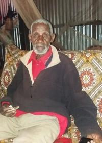 Waweru (89) terug uit het ziekenhuis, longontsteking, medische hulp, Circle4life Kenia